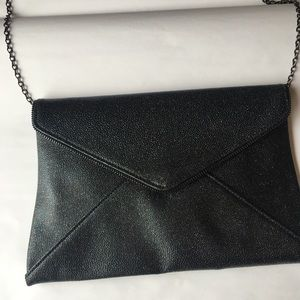 Lily & Ivy Bags - Lily & Ivy Sparkle Clutch/Crossbody Bag Like New